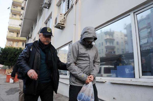 Antalya'da IŞİD operasyonu: 3 gözaltı