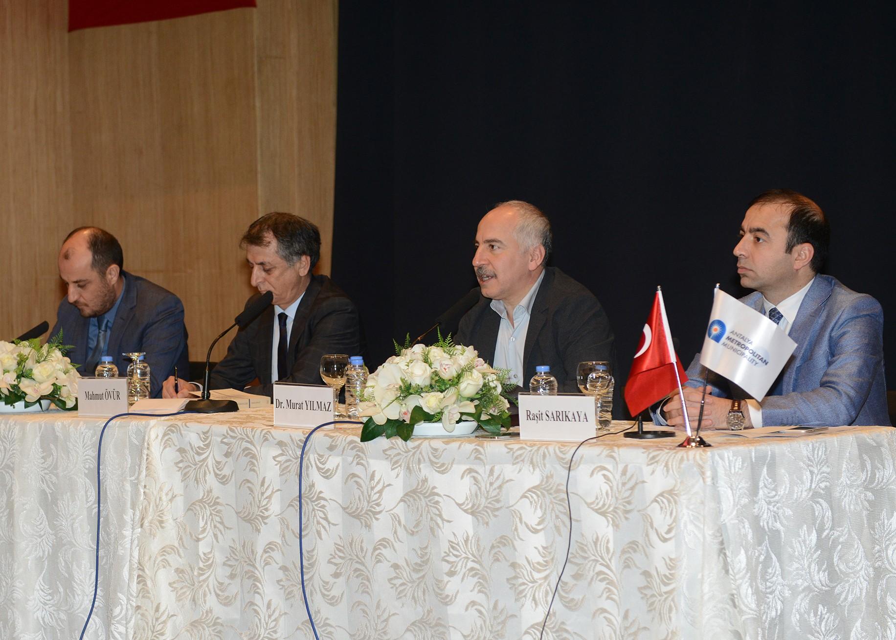"""Yeni Türkiye için Yeni Anayasa """"Sivil ve özgürlükçü bin anayasa şart"""""""