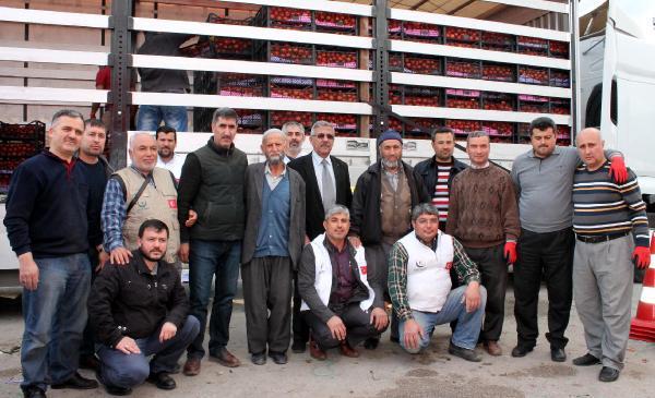 Toptancı Hal'de Türkmenlere yardım kampanyası