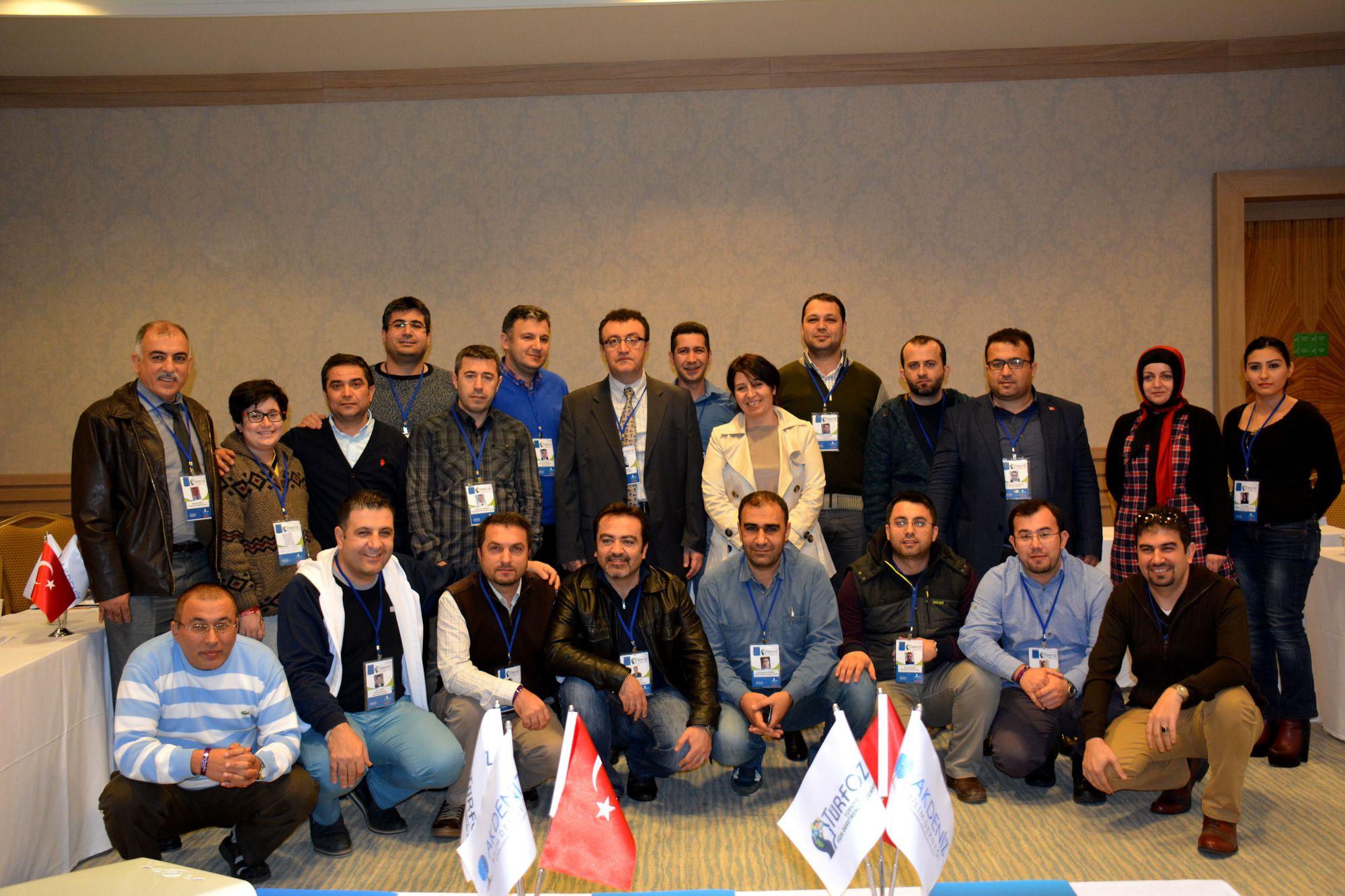 Antalya Porto Bello Hotel'de 'fizik' konuşuldu FİZİK ÖĞRETMENLERİ ANTALYA'DA BULUŞTU