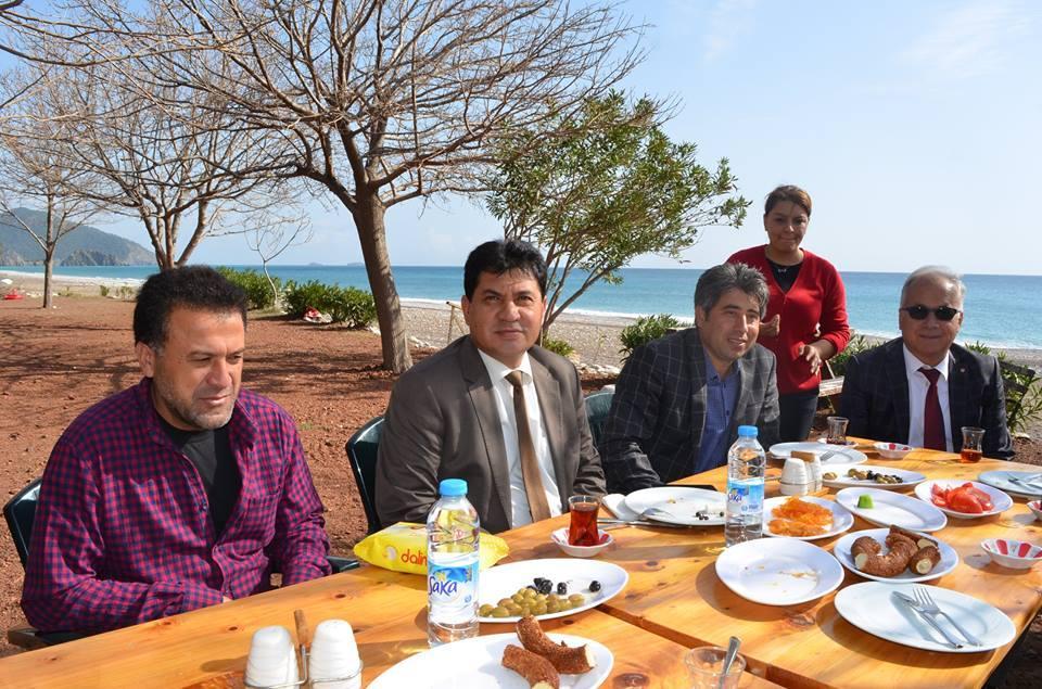 Kemer Çıralı'da Örnek Birliktelik
