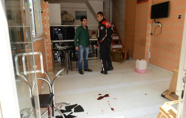Kumluca'da bıçaklı kavga: 1 yaralı