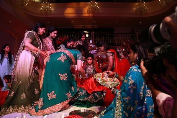 Mardan'da 3 gün 3 gece Hint düğünü