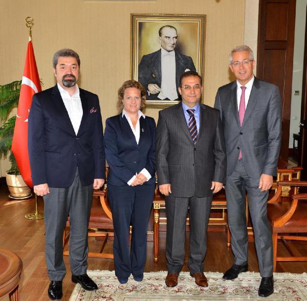 Fraport AG Başkanı Dr. Stefan Schulte'den, Vali Türker'i ziyaret