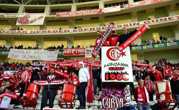 Galatasaray maçı bilet fiyatında yüzde 50 indirim