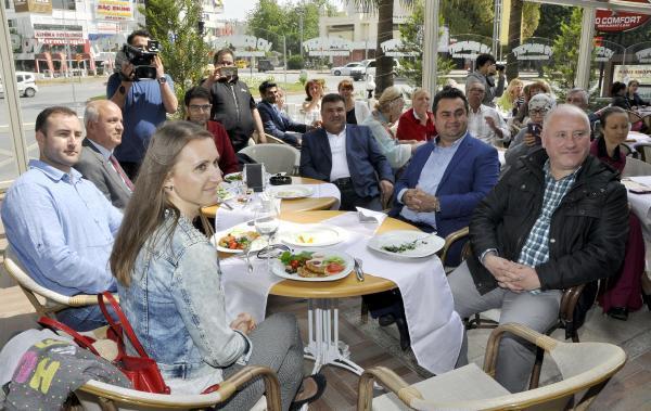 Antalya'da Türk- Rus dostluğu buluşması
