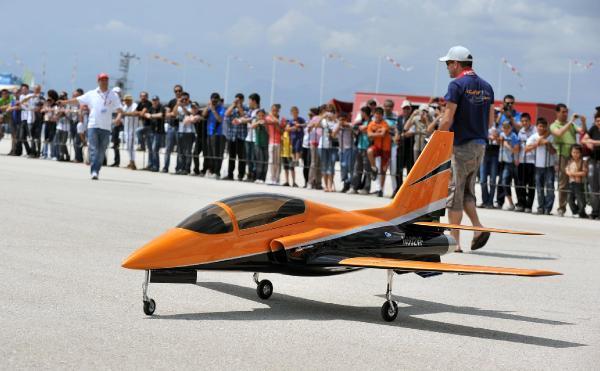 Jet motorlu model uçaklar Antalya'da uçacak