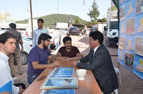 Başkan Gül, Gençlik Platformunu Ziyaret Etti