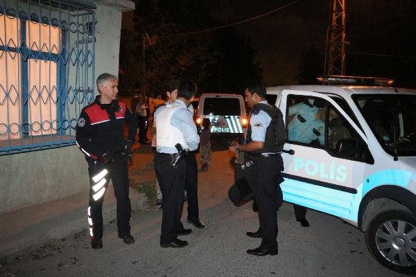 Alkollü maganda polise ateş ederek kaçtı