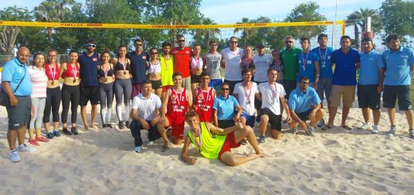 Okullar plaj voleybolunda yarıştı