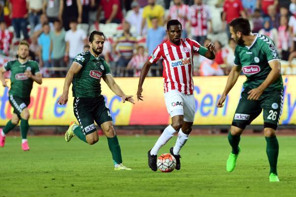 Antalyasporlu Eto'o'ya ekstra 300 bin TL