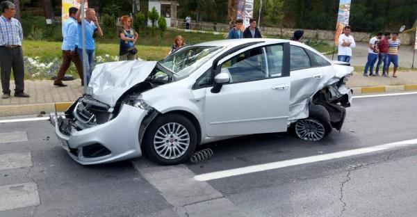 Alanya'da zincirleme kaza: 5 yaralı