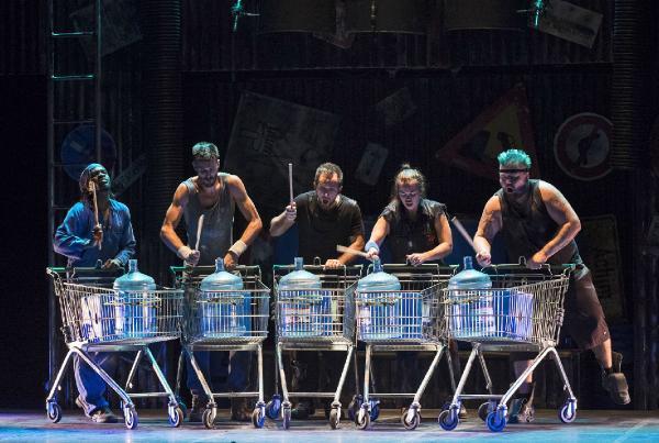 Stomp'tan Expo 2016'ya özel gösteri