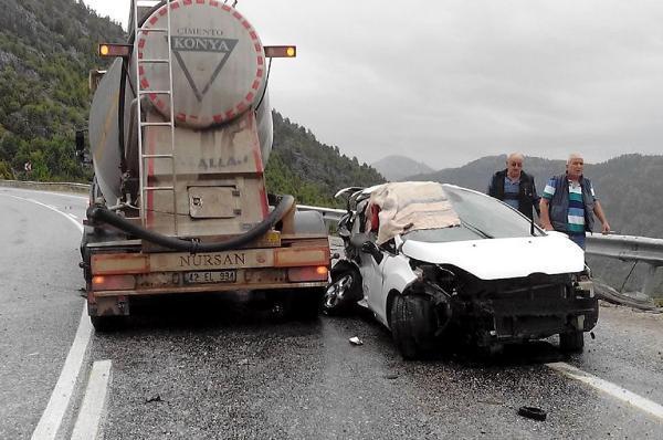 Akseki'de 5 ayrı kazada 14 yaralı