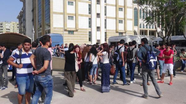Üniversite hocasını tehdit eden öğrenciye terör davası