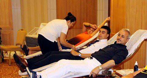 Crystal De Luxe Otel'in yöneticileri ve personeli Kızılay'a kan bağışında bulundu.