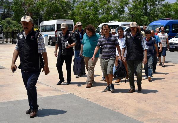 Antalya'da 30 yargı mensubundan 20'si adliyeye sevk edildi