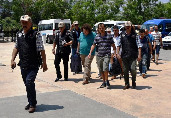 Antalya ve Kemer de 29 hakim ve savcı tutuklandı