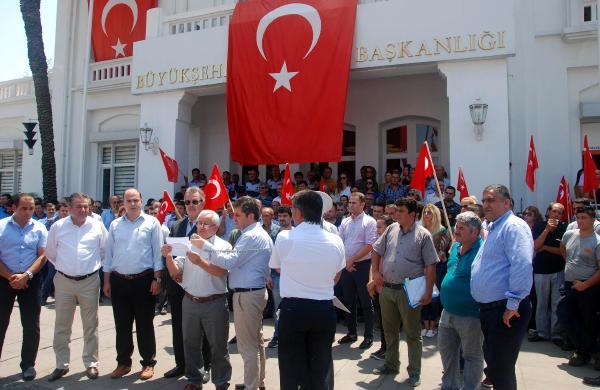BEM-BİR-SEN darbe girişimini protesto etti