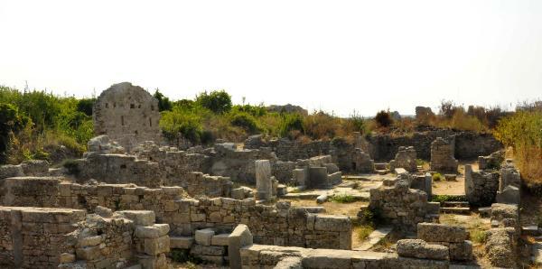 Kazı alanının antik dönemde 'genelev' olduğunu öğrenen sponsor olmuyor