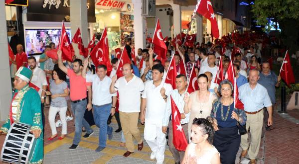KEMERDE MUHTEŞEM DEMOKRASİ ŞÖLENİ