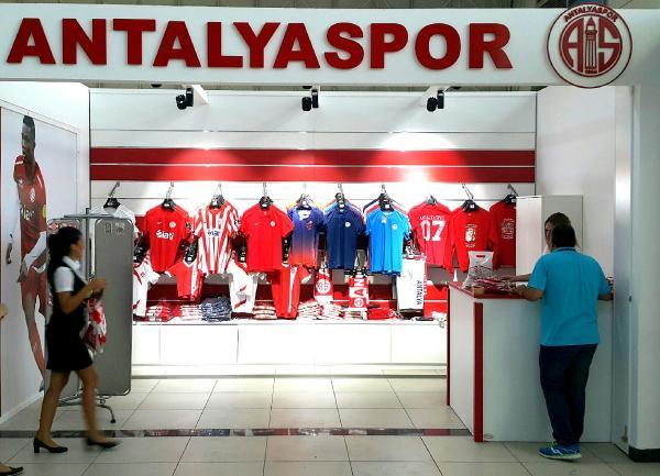 Antalyaspor Havaalanı mağazası açıldı