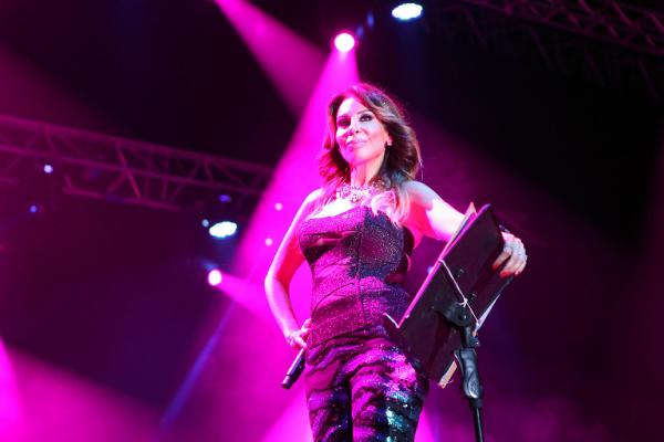 Linet ve Serkan Kaya Expo 2016'da konser verdi
