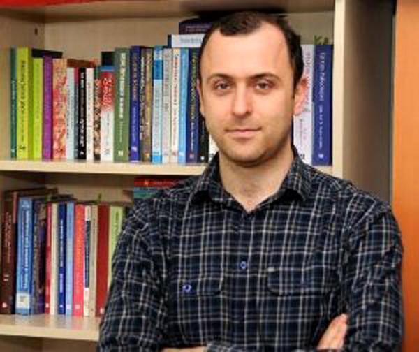 3 öğretim üyesine 2 yıl boyunca 55'er bin lira formasyon maaşı