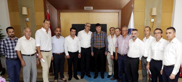 Atatürk Parkı esnafından Türel'e teşekkür ziyareti