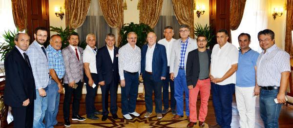 Vali Karaloğlu, gazetecileri kabul etti