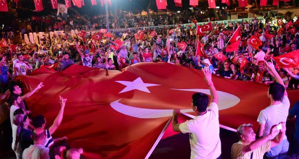 Vali Karaloğlu: Türkiye dünyada oyun kuracak devlet olacak