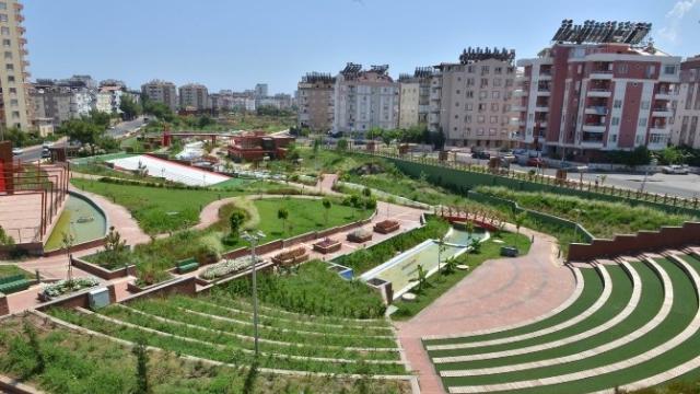 """Başkan Böcek; """"Expo 2016 Parkı Bölgeye Artı Değer Kattıı"""""""