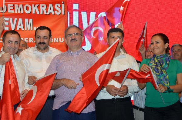 Vali Karaloğlu: 15 Temmuz demokrasi devrimidir