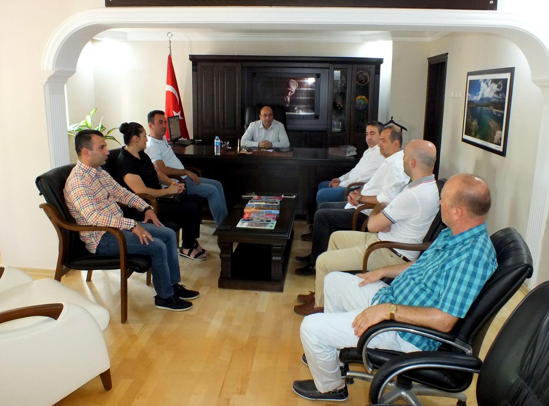 KEMİAD'DAN KEMER KAYMAKAMI FESLİHAN'A ZİYARET