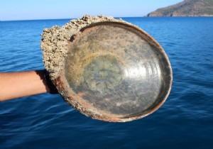 Antalya'daki batıktan 12'nci yüzyıl yemek tabağı takımları çıktı