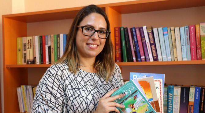 Kemer Çocukluktan Beri Okuduğu Kitaplarla Okul Kütüphanesi Yaptı