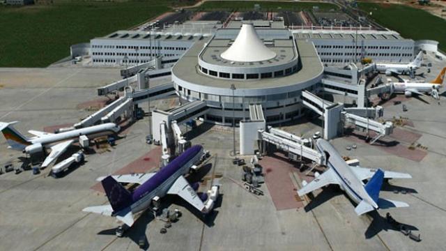 Antalya Havalimanı'nda 300 Özel Güvenlik Görevlisinin İş Akdi Feshedildi