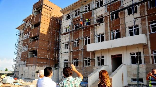 Antalya'ya İkinci Fen Lisesi Geliyor