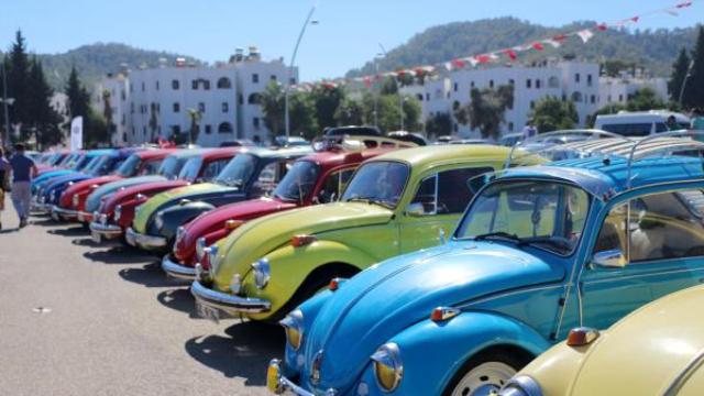 Kemer Otomobil Festivali'nde Renkli Görüntüler
