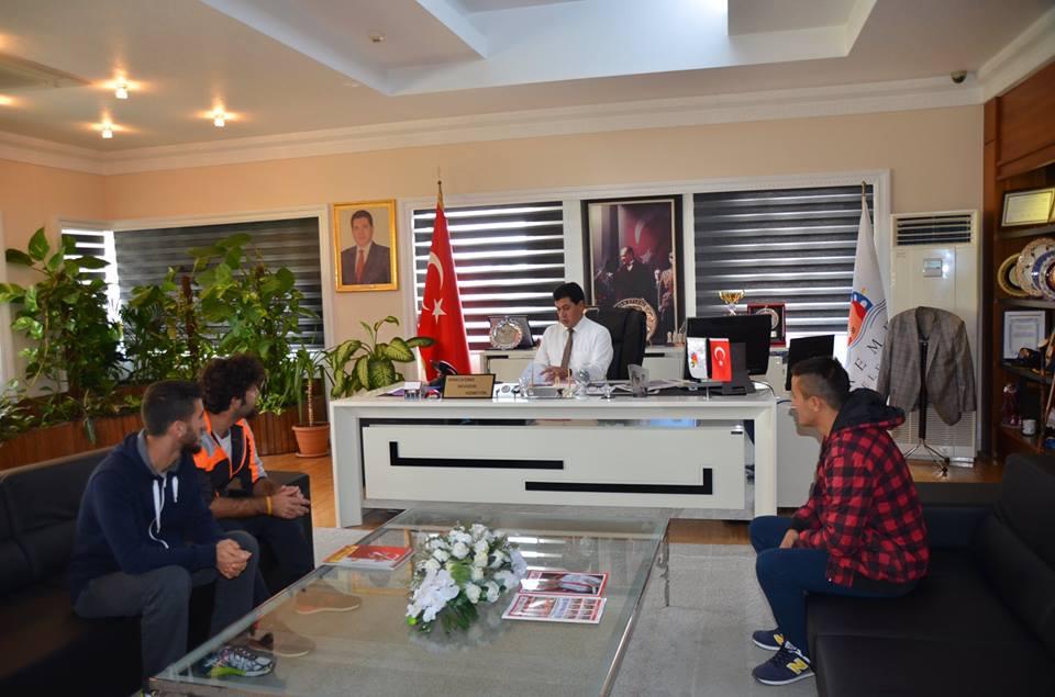 Göynüklü Gençler Başkan Gül'ü Makamında Ziyaret Etti