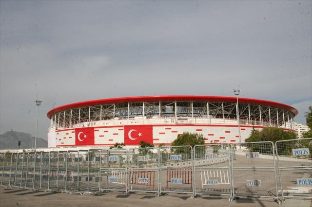 Antalya'da milli maç alarmı