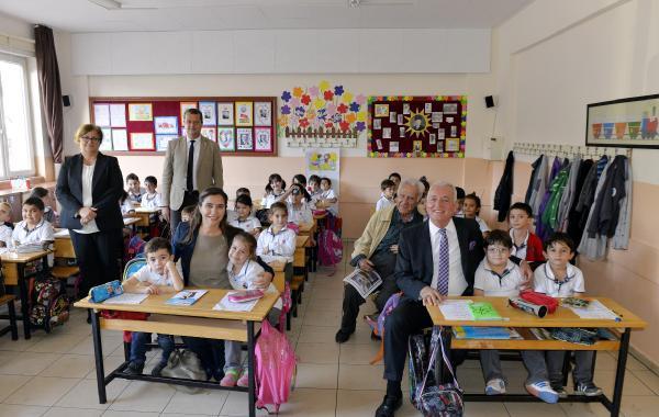 İşadamlarından devlet okullarında gürültüye son verecek proje