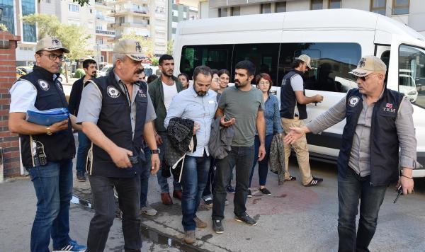 Antalya'da terörden 30 kişi tutuklandı