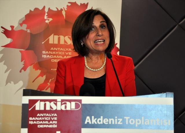 """""""Avrupa ekonomisinin sağlıklı yapıya kavuşması Türkiye için önemli"""""""