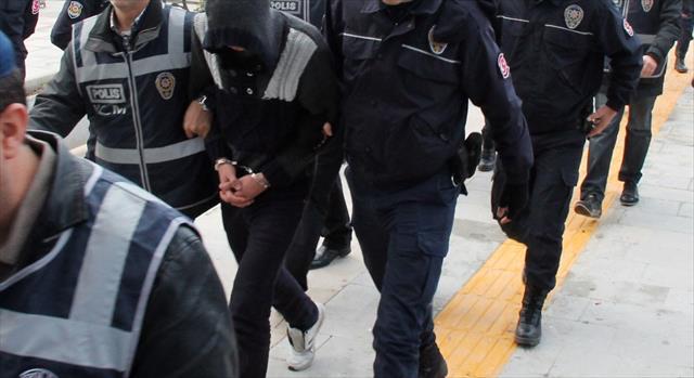 Antalya'da 24 uyuşturucu taciri tutuklandı