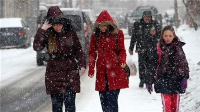 Antalya İçin Sahilde Şiddetli Yağmur İç Kesimlerde Kar Uyarısı
