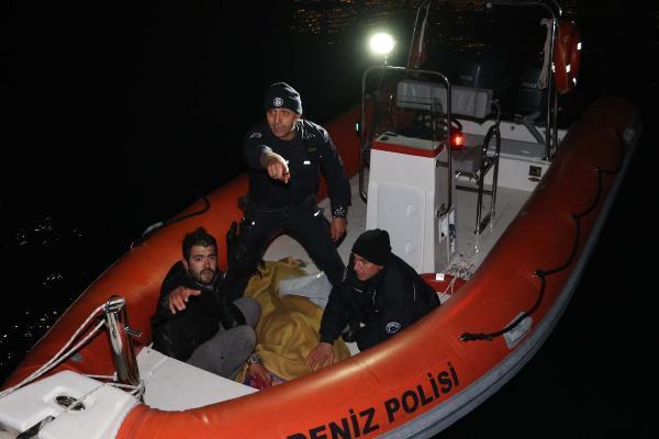 Falezlerden düşen kadını polis kurtardı