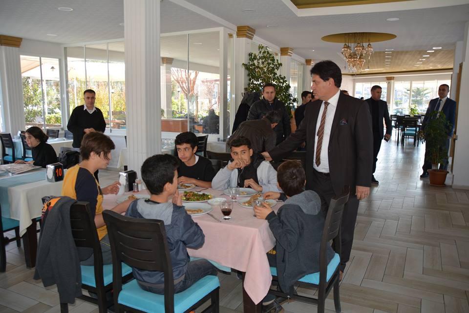 Başkan Gül, Şampiyonlarla Yemekte Buluştu