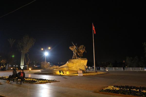 Antalya, yeni yılı sessiz ve üst düzey güvenlik önlemleriyle karşıladı