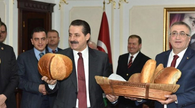 Bakan Faruk Çelik: Ekmek ve Un Fiyatlarında Bir Artış Söz Konusu Değil